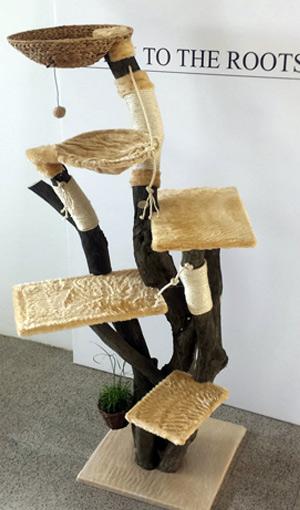 Individuelle Naturkratzbäume - BACK TO THE ROOTS